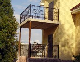 Балконы кованные.